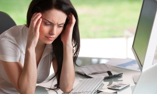 Souffrance au travail : comment repérer que mes collaborateurs vont mal ?